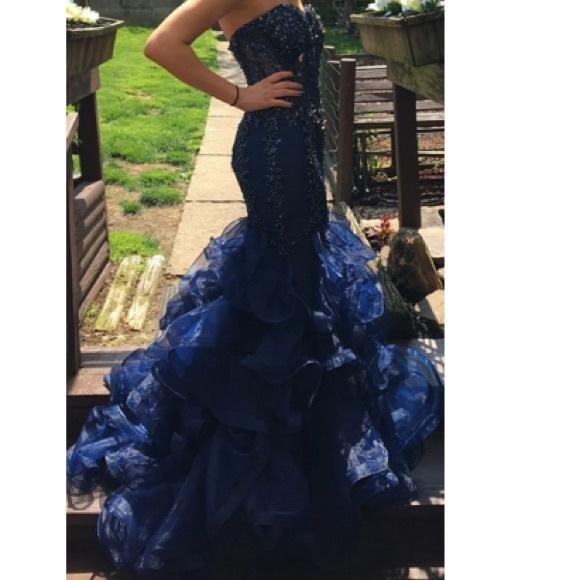 30ac776c301 Jovani Dresses   Skirts - Jovani prom dress size 4